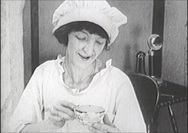 Camerawoman Angela Murray Gibson Films Herself into History, 1921-1925:  Marsha Gordon and Buckey Grimm